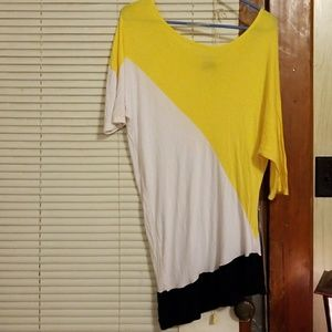 Asymmetrical 3/4 Length Sleeve Shirt Size Large